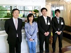 画像:取材にご協力いただいた皆様、左から東澤部長、NPOアートネットワークジャパン代表蓮池様、豊島区文化デザイン課池田様、髙橋様